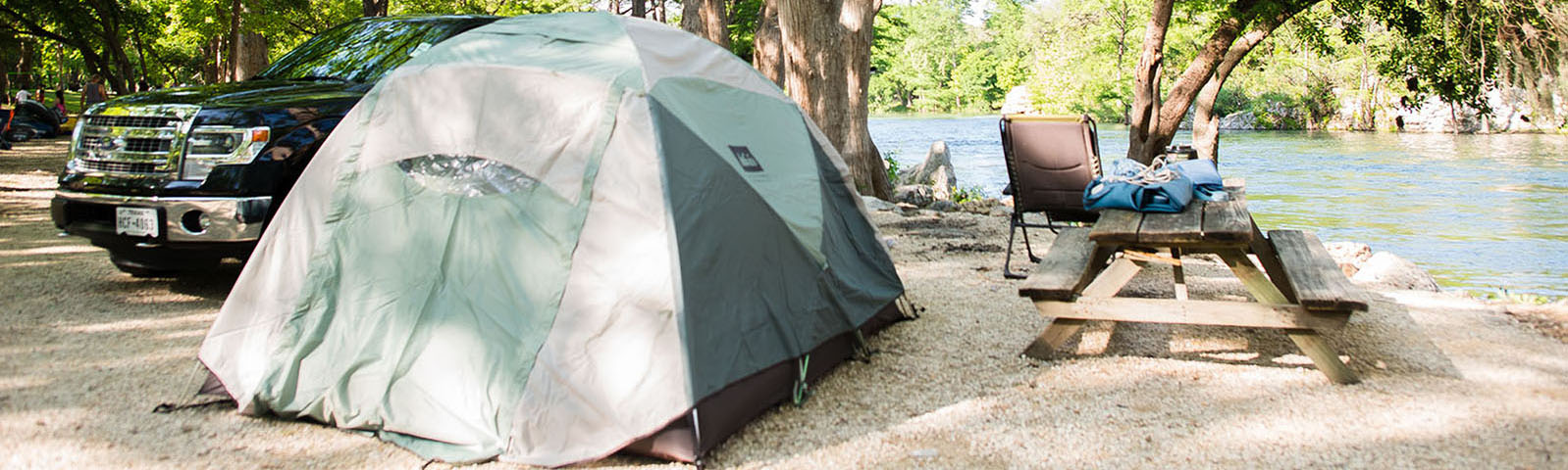tent-river